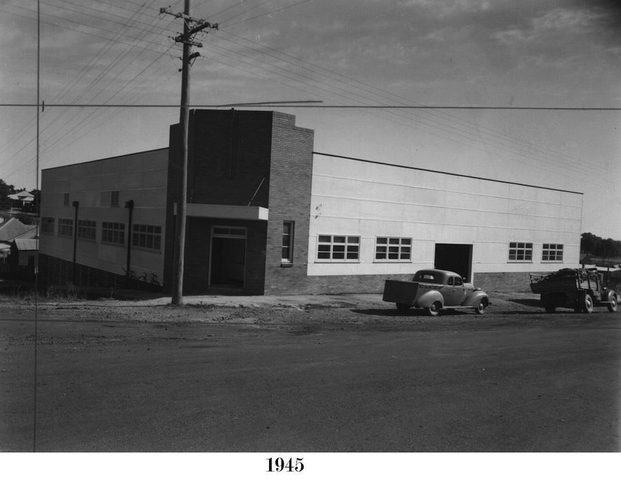 1945 Whytes Boot Factory