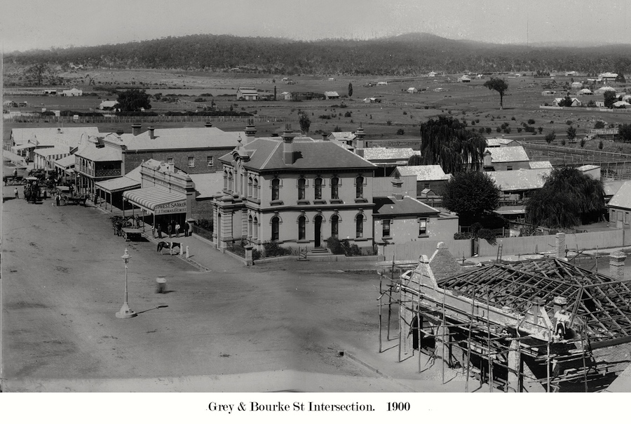 Grey St 1900 - Grey & Bourke Intersection